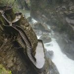El Pailon del Diablo waterval in Baños Ecuador