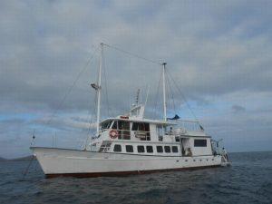 Golondrina Galapagos jacht