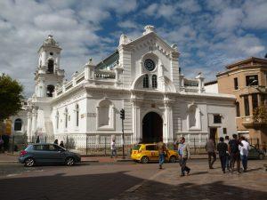 Taxi reizen in Cuenca Ecuador